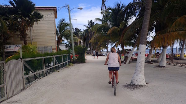 Caye Caulker beach road - Real Life Recess